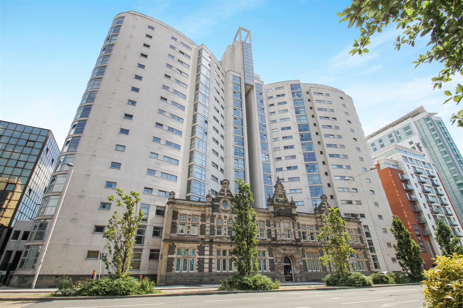 1 Bedroom Apartment Flat for sale in Bute Terrace, Cardiff